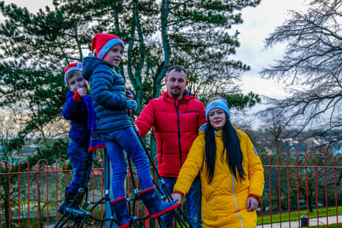 christmas family photoshoot newport