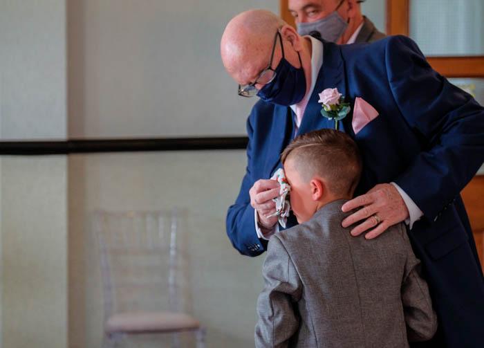 Carmarthen registry office wedding photography